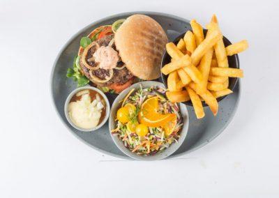 Hamburgermenu - Cafetaria Eetsalon Marktzicht in Beusichem
